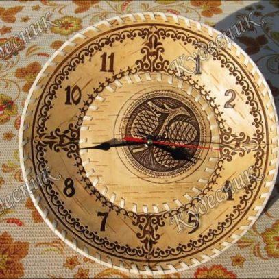 Часы из бересты Д30 Шишки