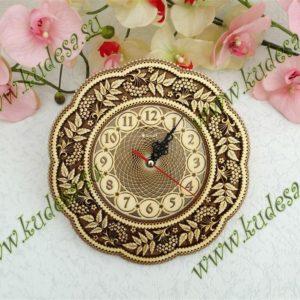 Часы резные Рябина