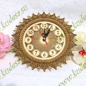 Часы резные Солнышко Д25